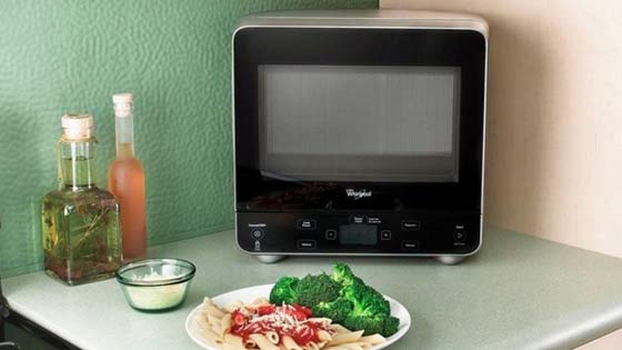 mini-microwave-for-boats