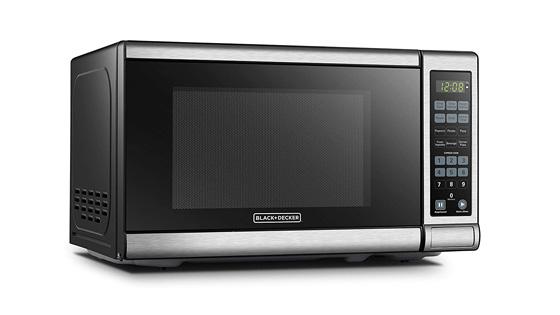 Best Lightweight Stainless Steel Microwave BLACKDECKER EM720CB7